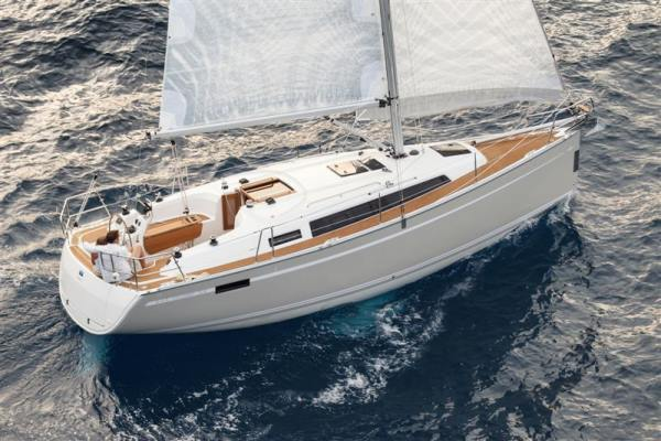 Bavaria Cruiser 33 Slider