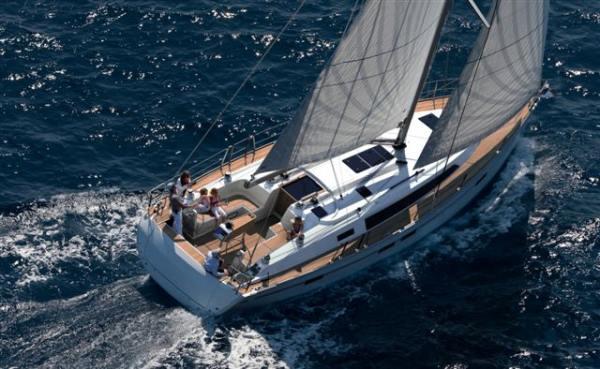 Bavaria Cruiser 46 Yacht Charter Mallorca